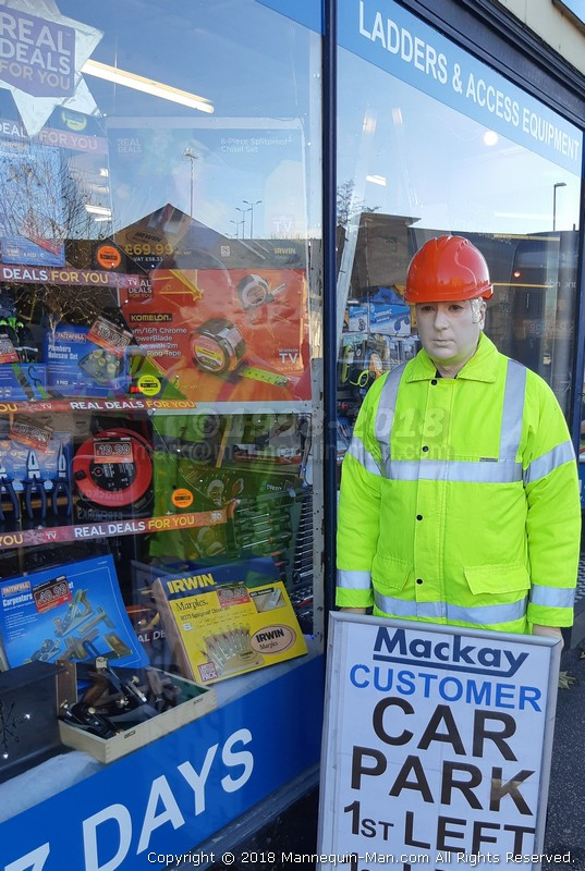 Dickie Mackay Mannequin Mackays Cambridge Christmas Real Deals Window Mannequin Man Com The Living Mannequin Human Statue And Dummy Performer