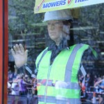 Mannequin man returns again as the machinemart's living waving mechanical mannequin, amusing the visitors to the 2016 London Marathon
