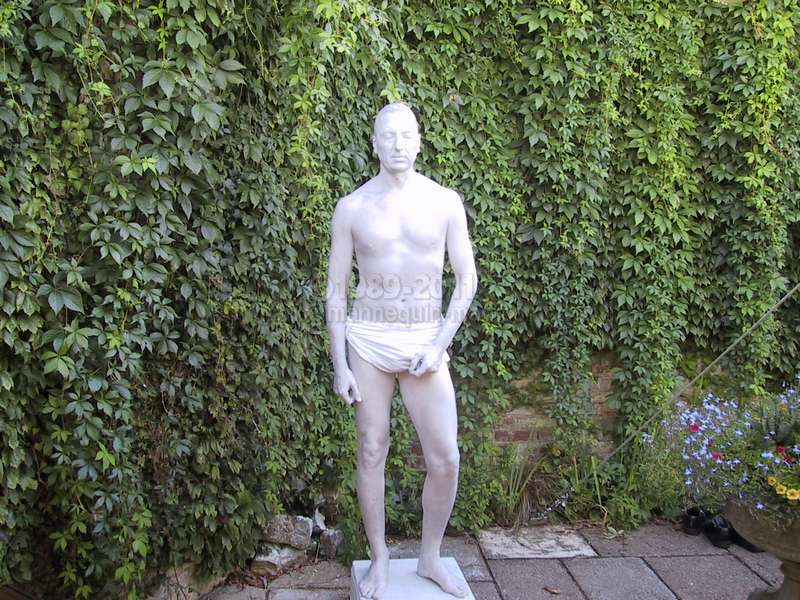 Living statue at wedding - Human Statue Garden Wedding Statue Eastwell Manor,Ashford,Kent