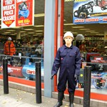 mannequin-man performming as a Living Mannequin: Living mannequins at the machinemart store in Wapping  for Machine Mart on 02/10/2017