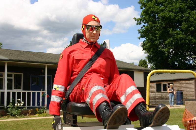 horsham motorshow living human crash test dummy mannequin the living mannequin. Black Bedroom Furniture Sets. Home Design Ideas