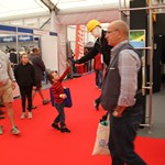 mannequin-man performming as a Living Mannequin:  Living mannequins hired for Screwfix live event for Screwfix  on 29/09/2017